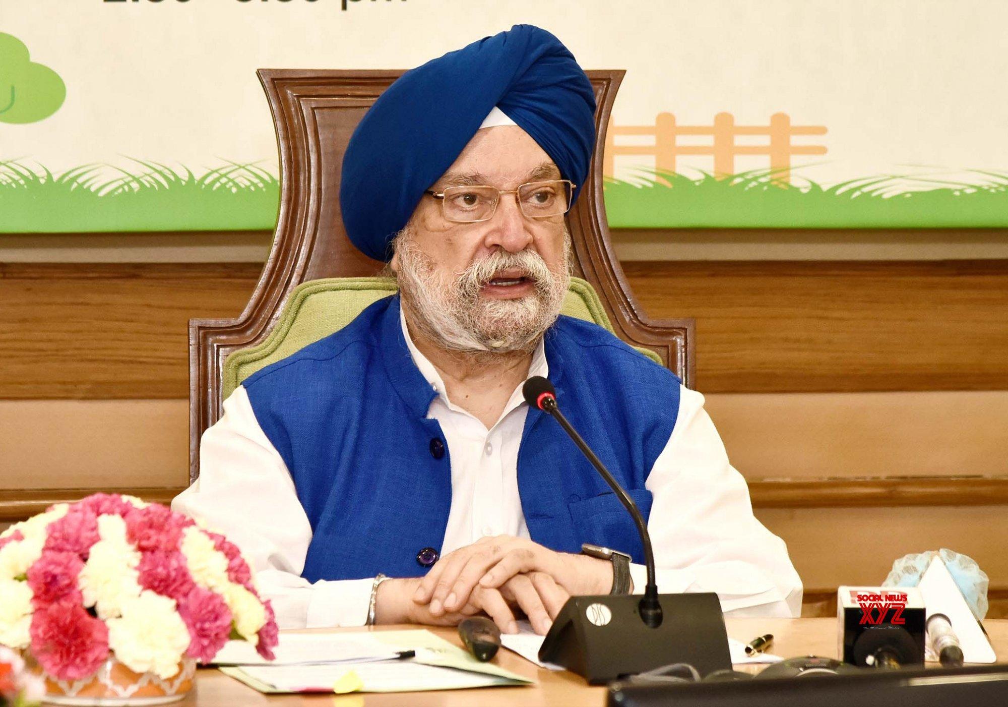New Delhi: Hardeep Singh Puri addresses webinar on Swachh Bharat Mission #Gallery