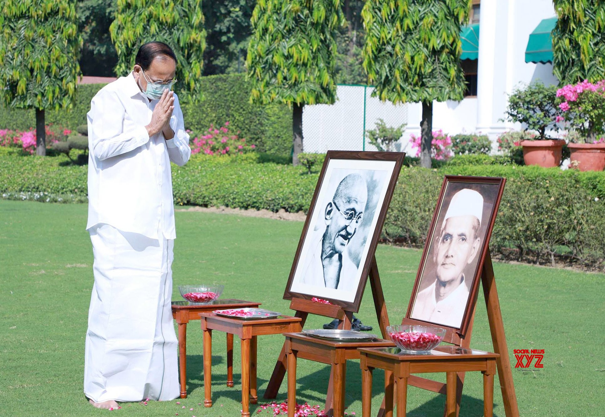 New Delhi: Venkaiah Naidu pays homage to the father of the nation Mahatma Gandhi and the former Prime Minister Lal Bahadur Shastri on their birth anniversaries #Gallery