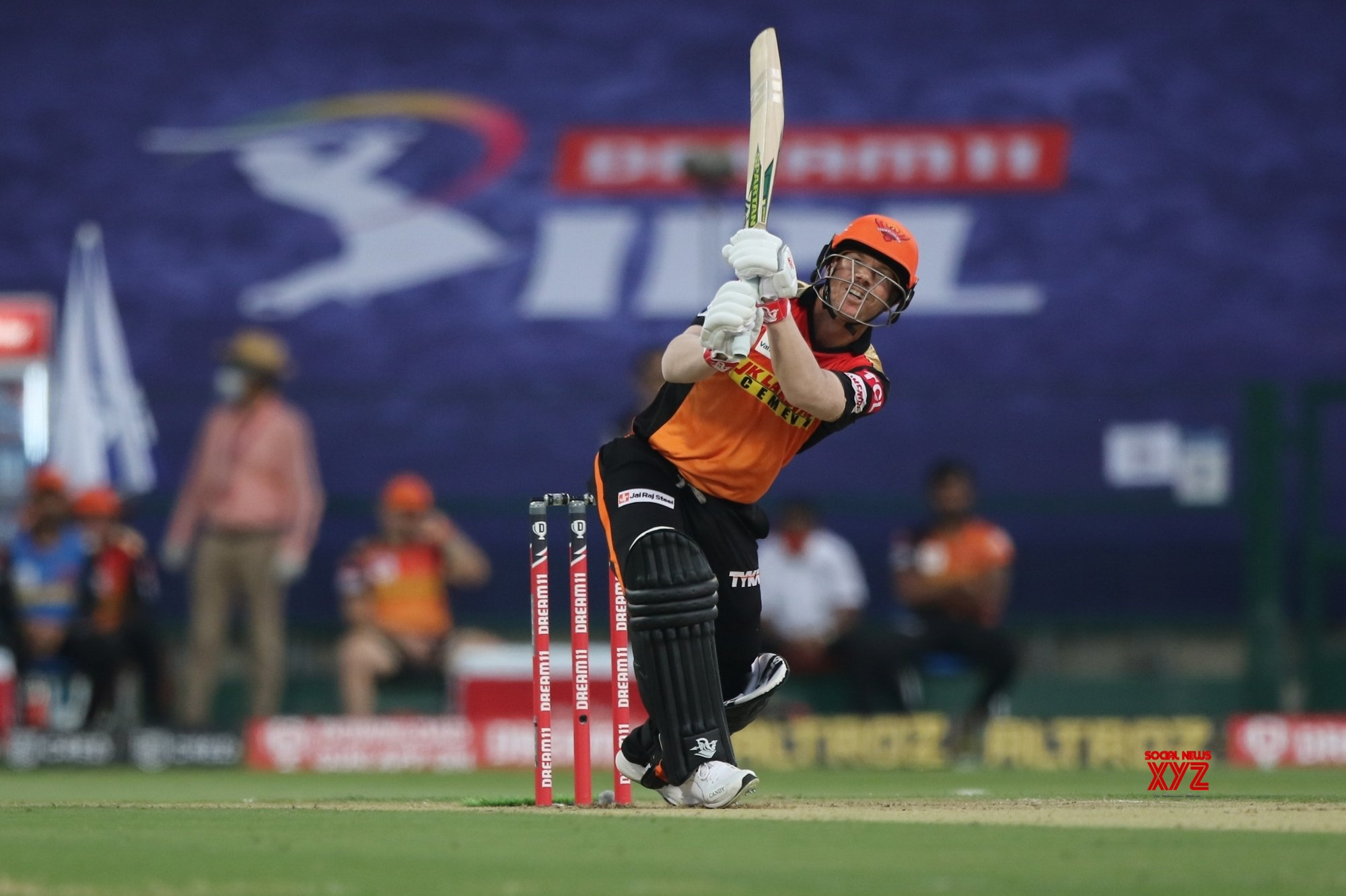 IPL Match 35: SRH elect to bowl against KKR