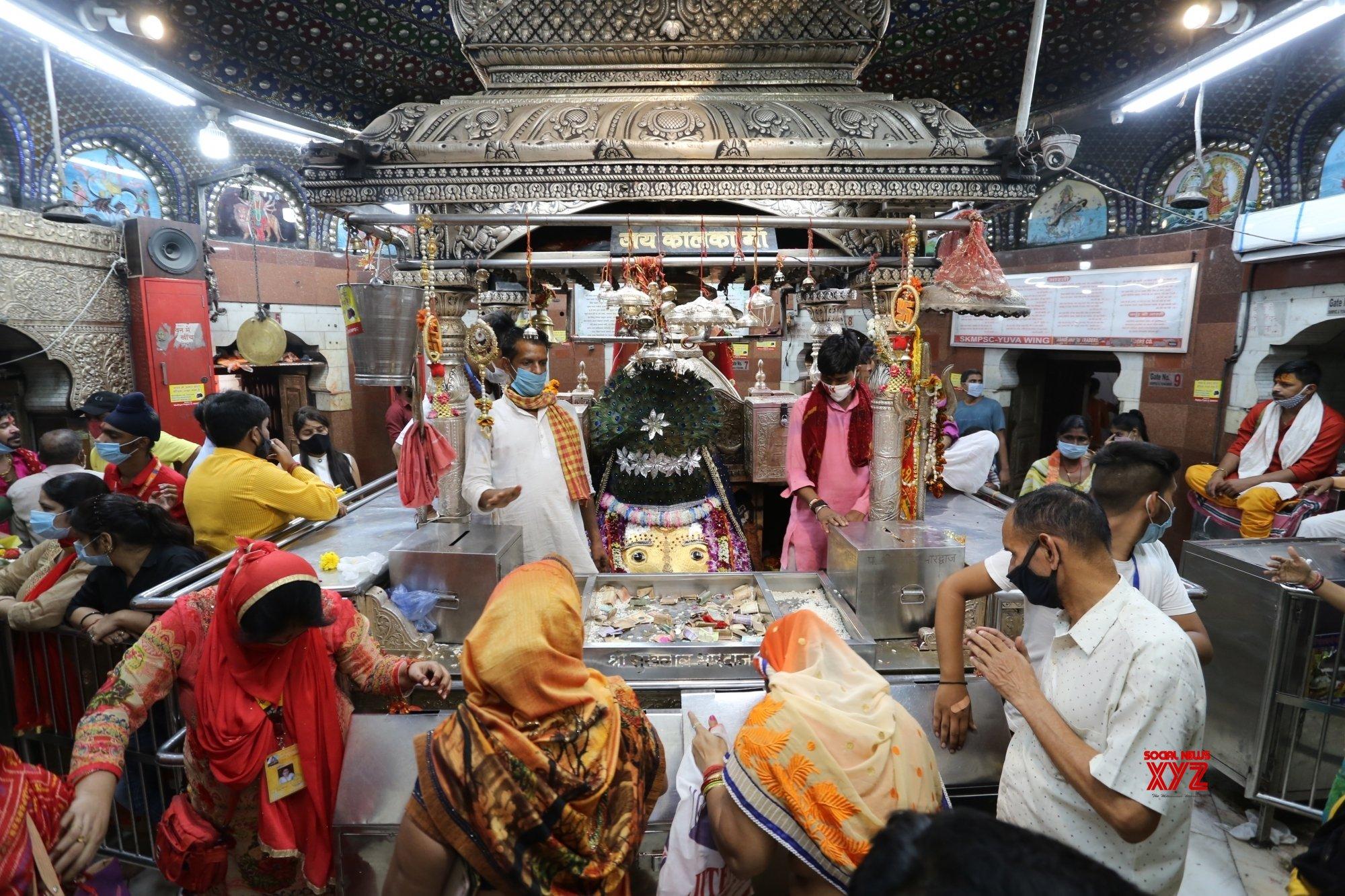 New Delhi: Devotees throng Kalkaji Temple on the first day of Navaratri #Gallery