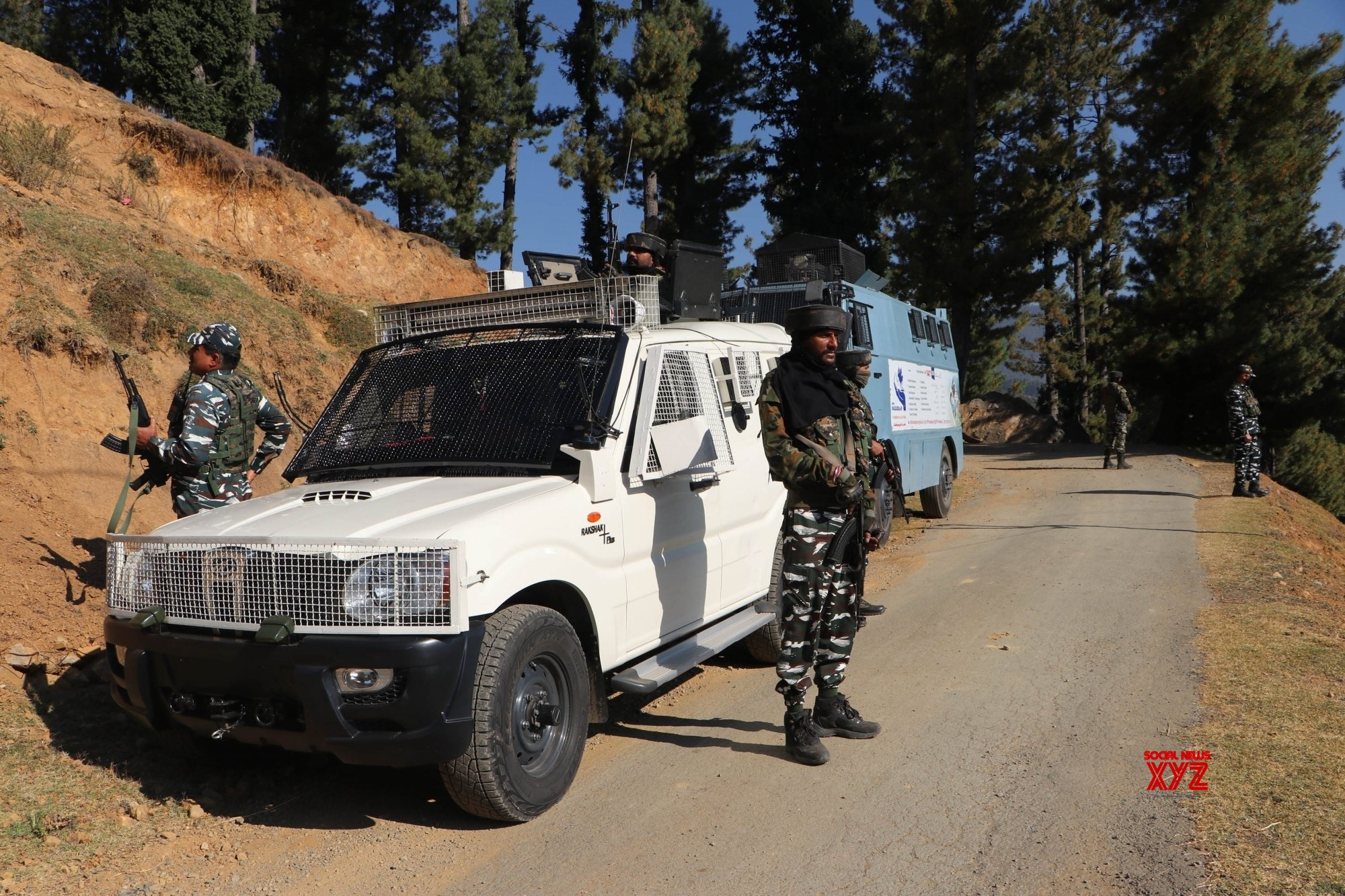 Anantnag: One terrorist killed in Kashmir encounter #Gallery