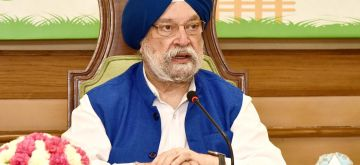 New Delhi: Union MoS Housing & Urban Affairs, Civil Aviation (Independent Charge) and Commerce & Industry Hardeep Singh Puri addresses at a Webinar - Swachh Bharat Mission, to celebrate the 6th Anniversary of SBM-Urban, in New Delhi on Oct 2, 2020. (Photo: IANS/PIB)