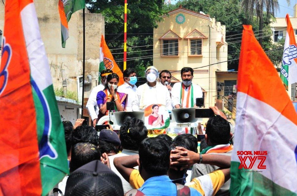 Bengaluru: Congress leaders campaign for Rajarajeshwari Nagar by - poll #Gallery