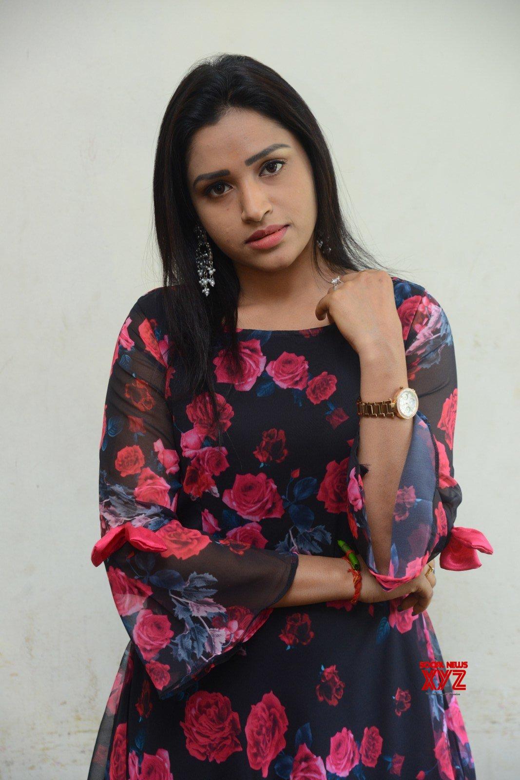 Actress Vikasini Stills From Aathadevvadu Movie Launch