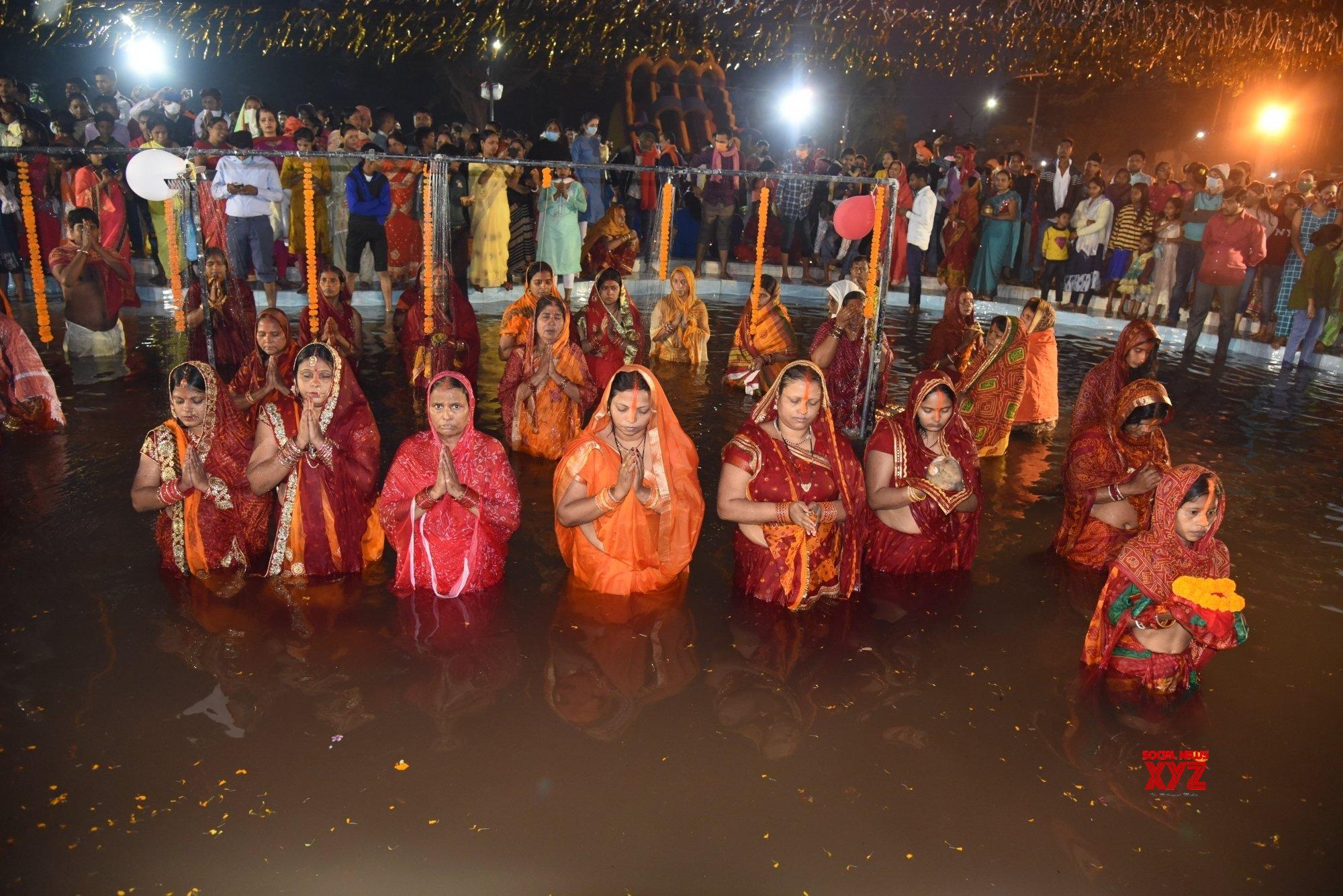 Patna: Chhath Puja celebrations at Kankarbagh Colony's Shivaji Park (Batch - 9) #Gallery