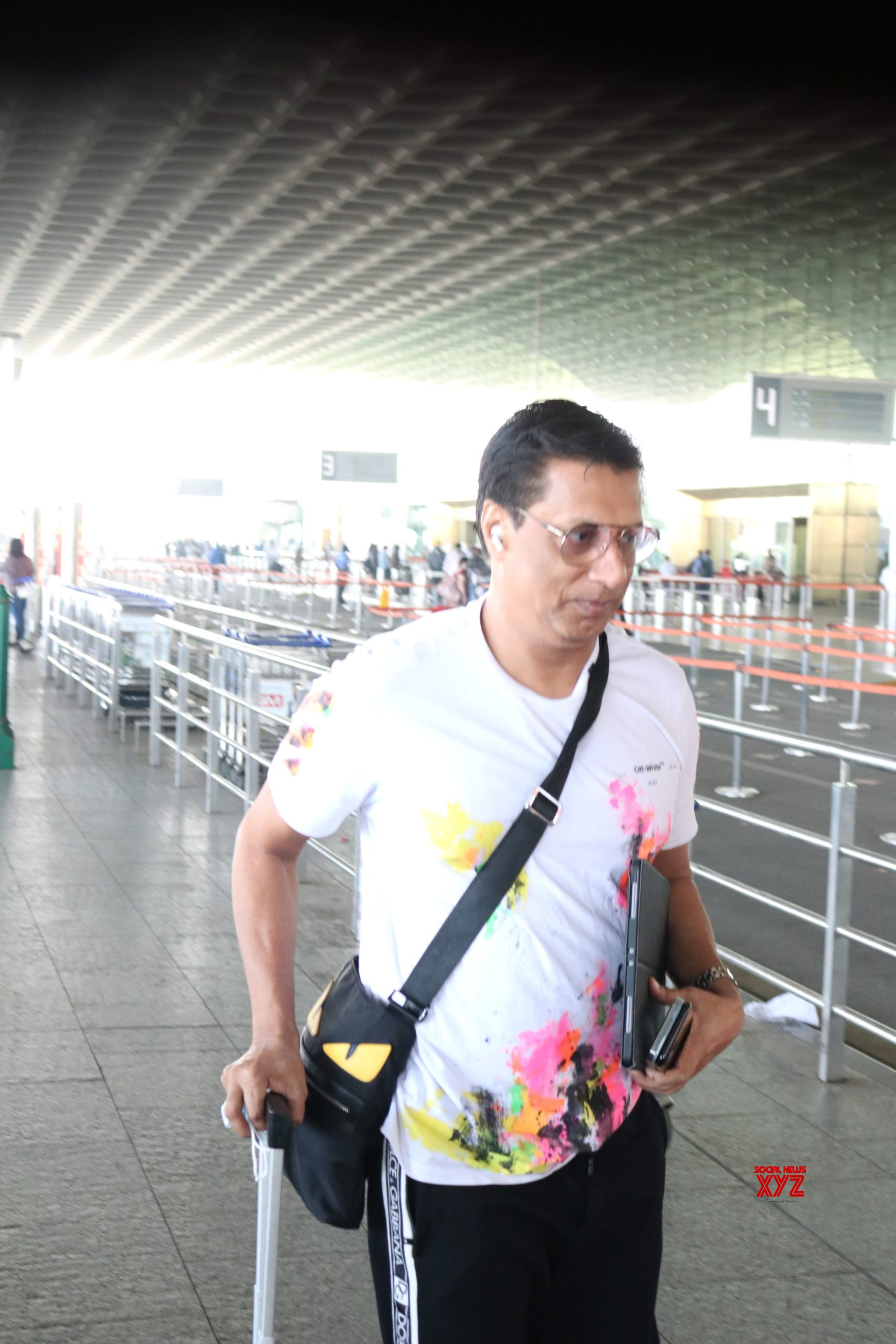 Madhur Bhandarkar Spotted At Airport - Gallery