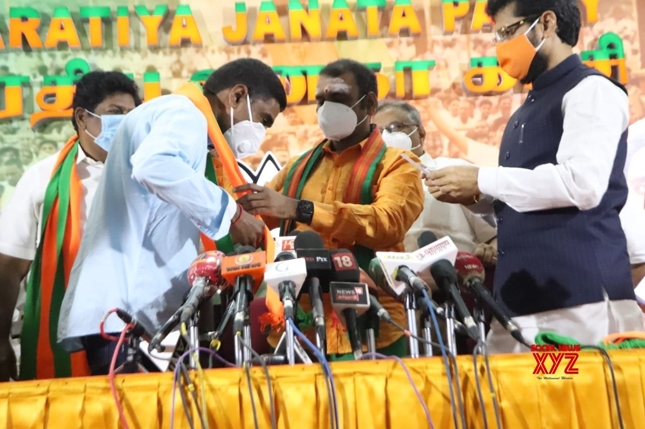 Chennai: DMK's ex - MP Ramalingam joins BJP as Shah reaches TN. #Gallery