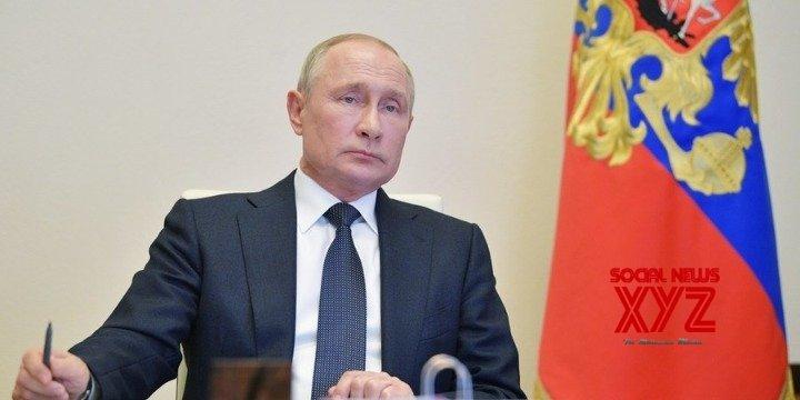 Putin demands vigilance despite easing pandemic in Russia