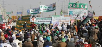 New Delhi: Farmers continue to protest against the Centre's new farm laws for the 23rd consecutive day at the Delhi-UP's Ghazipur Border on Dec 18, 2020. (Photo: IANS)