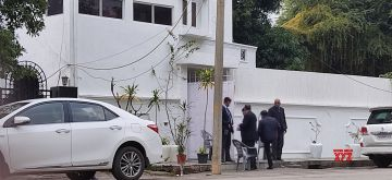 New Delhi: A view of the Sukhdev Vihar residence of Congress President Sonia Gandhi's son-in-law Robert Vadra, who was questioned for nine hours by the Income Tax department officials on Monday; in New Delhi on Jan 5, 2021. (Photo: Bidesh Manna/IANS)