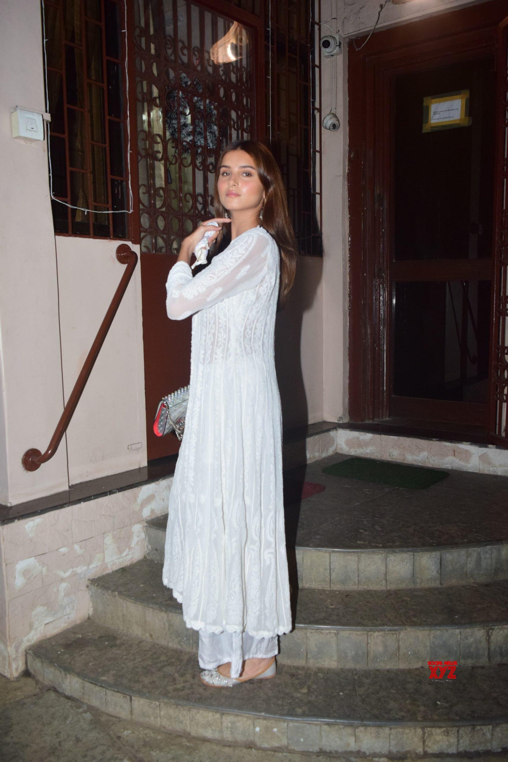 Ankit Tiwari, Tara Sutaria And Mohit Suri Spotted At Dubbing Studio Bandra HD Gallery