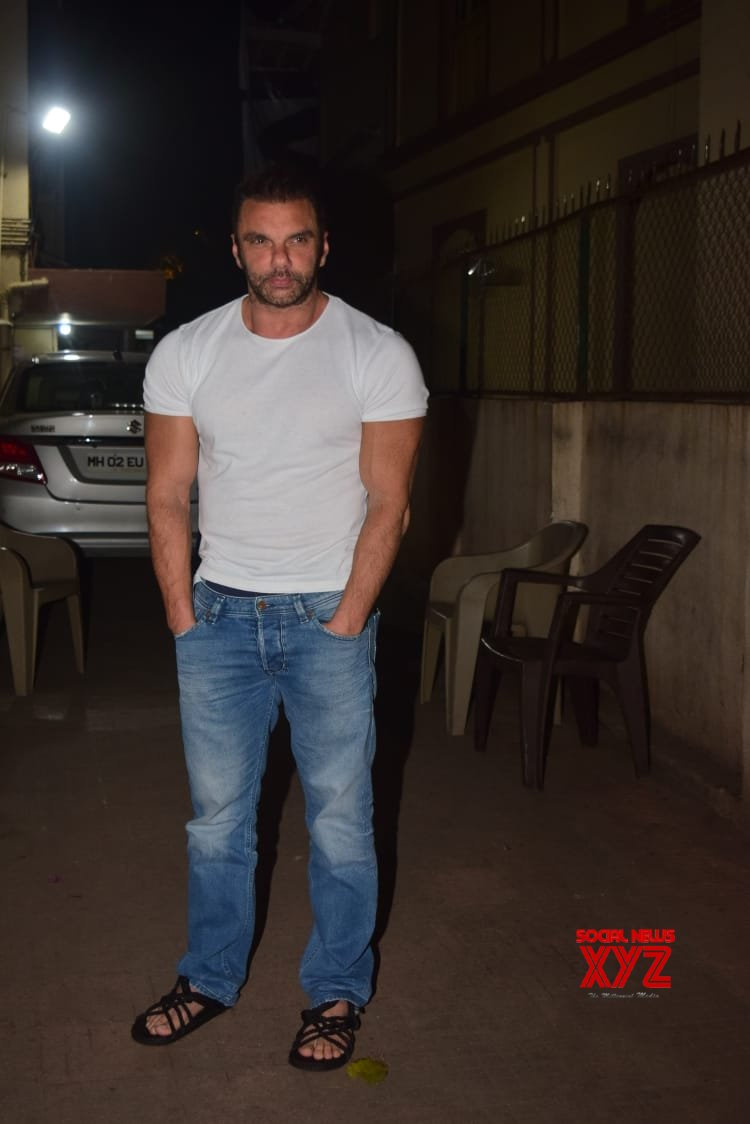 Sohail Khan Spotted His Office Bandra - Gallery