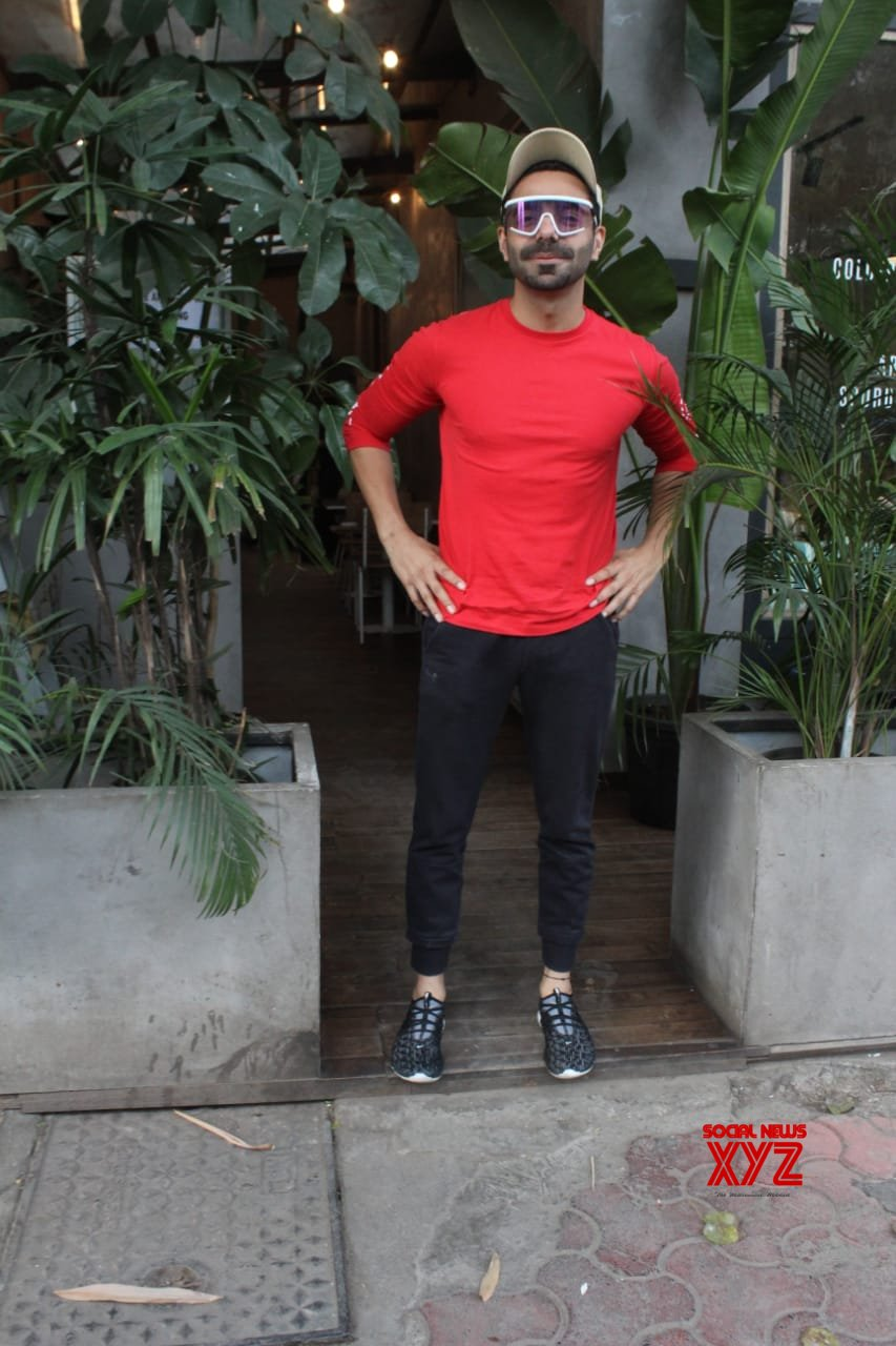 Aparshakti Khurana Kitchen Garden Juhu - Gallery