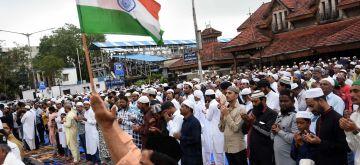 Mumbai: People offer namaz on Eid-ul-Adha in Mumbai on Aug 12, 2019. (Photo: IANS)