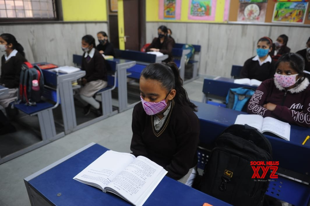 Delhi govt schools to teach lessons in patriotism from next session