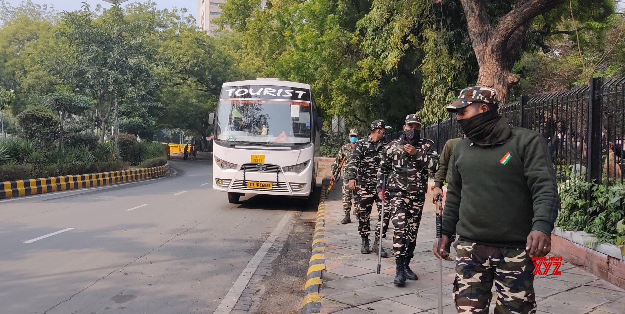 CISF personnel saves passenger's life at Barakhamba Metro station