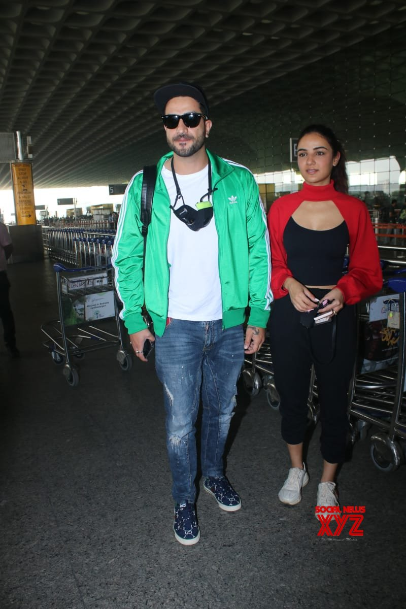 Aly Goni And Jasmin Bhasin Spotted At Airport Departure - Gallery
