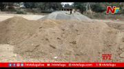 NTV: Locals Angry over Poor Quality of Newly Laid CC Road at Sattupalli (Video)