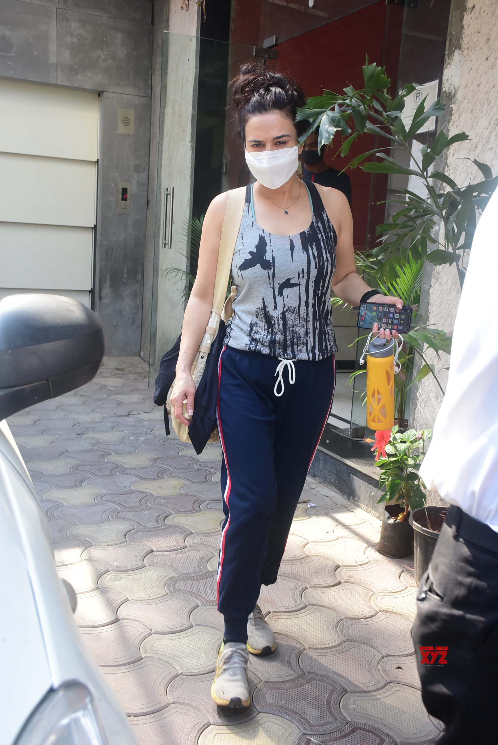 Actress Preity Zinta Spotted In Bandra - Gallery