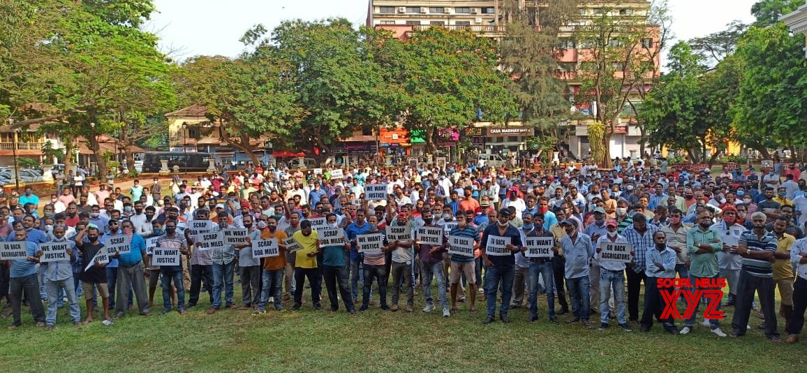 Panaji.: Tourist Taxi operators staged protests to press for the their various pending demands at Azad #Gallery