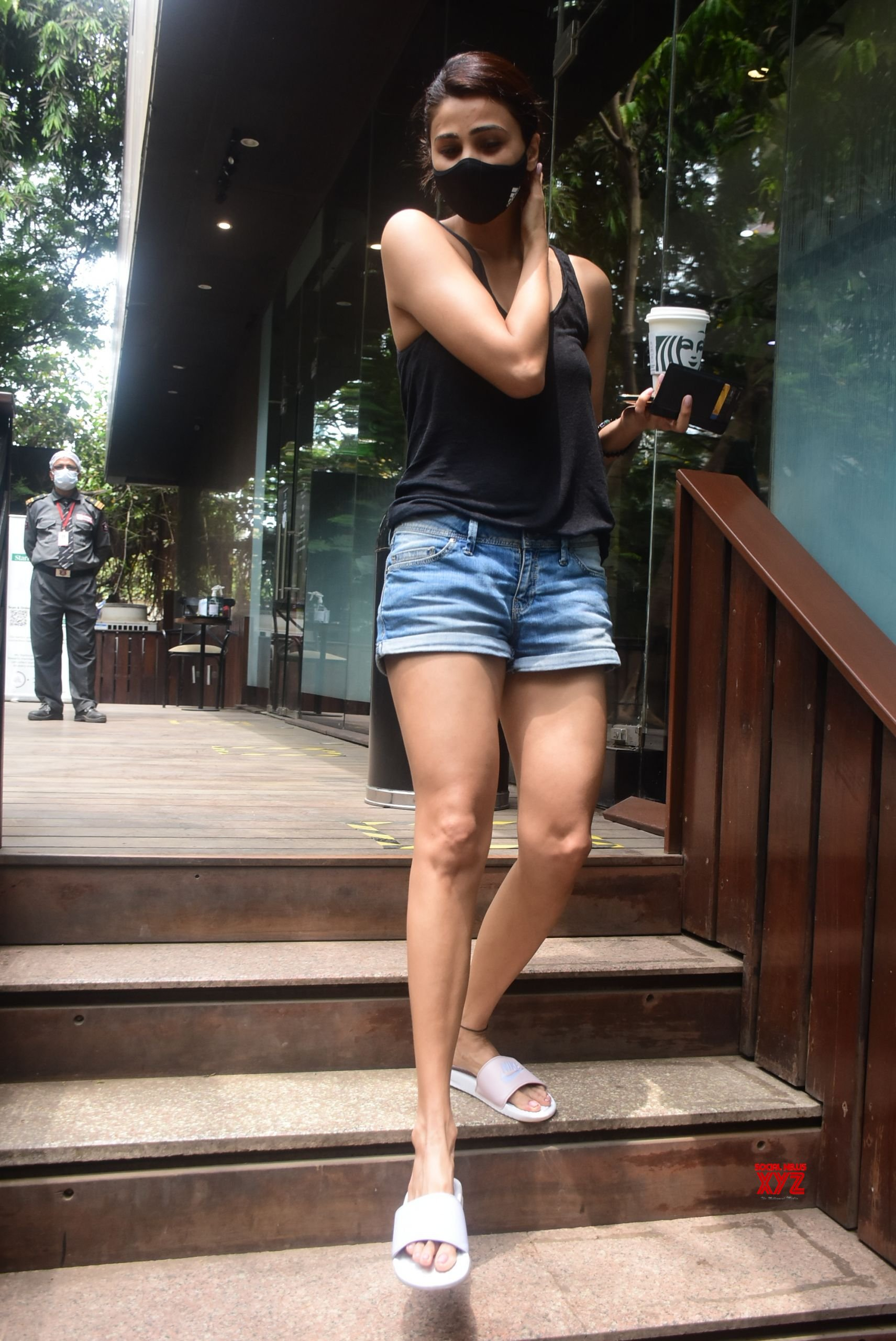 Actress Daisy Shah Spotted Coffee Cafe In Bandra - Gallery