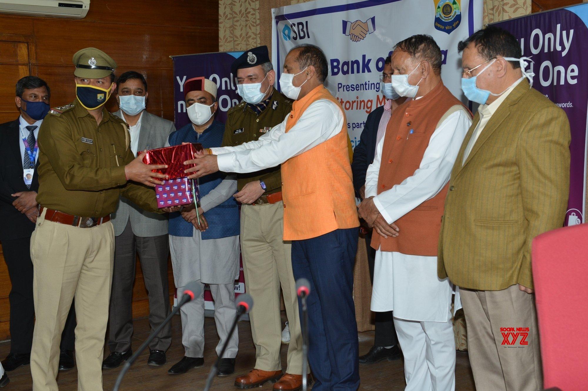 Shimla: CM distributes BP monitors to Police personnel #Gallery