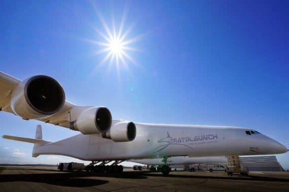 World's largest airplane closer to use for space vehicles