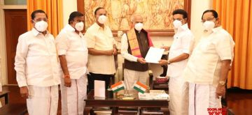 Chennai: DMK leader MK Stalin met Tamilnadu governor Banvarilal Purohit on Wednesday May 05,2021 .(Photo: R. Parthibhan/IANS)
