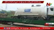 NTV: Four Tankers Containing Medical Oxygen Reach Telangana (Video)