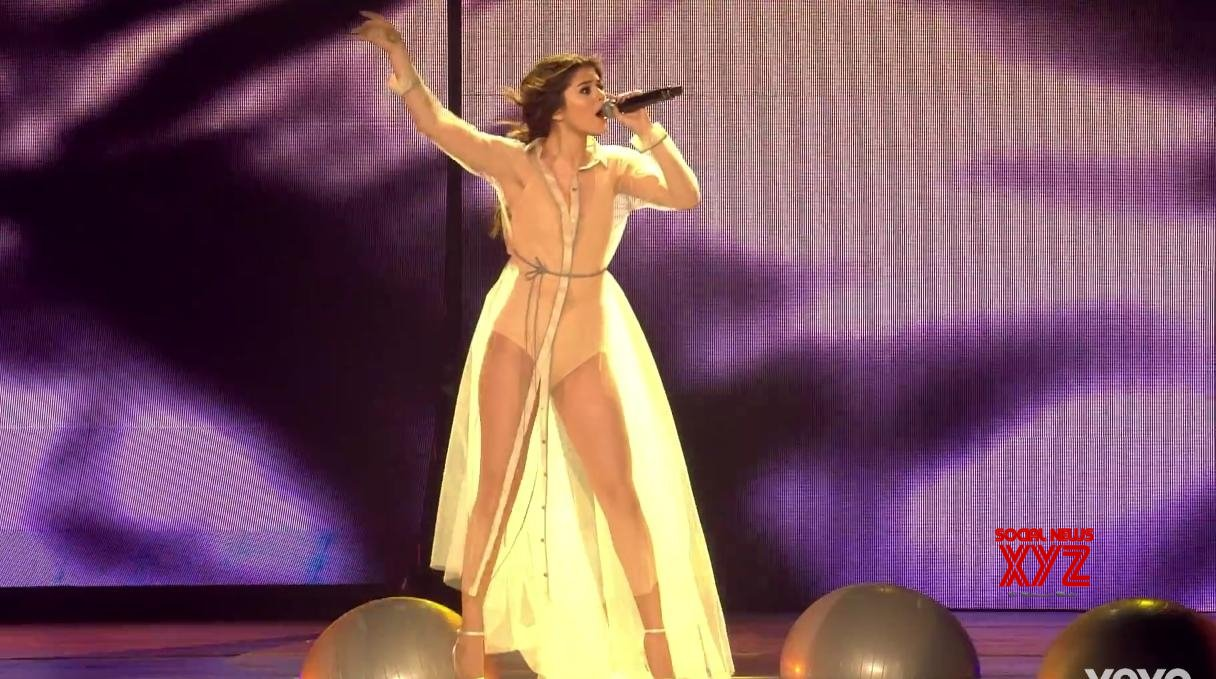 Selena Gomez: It's so hard to tour