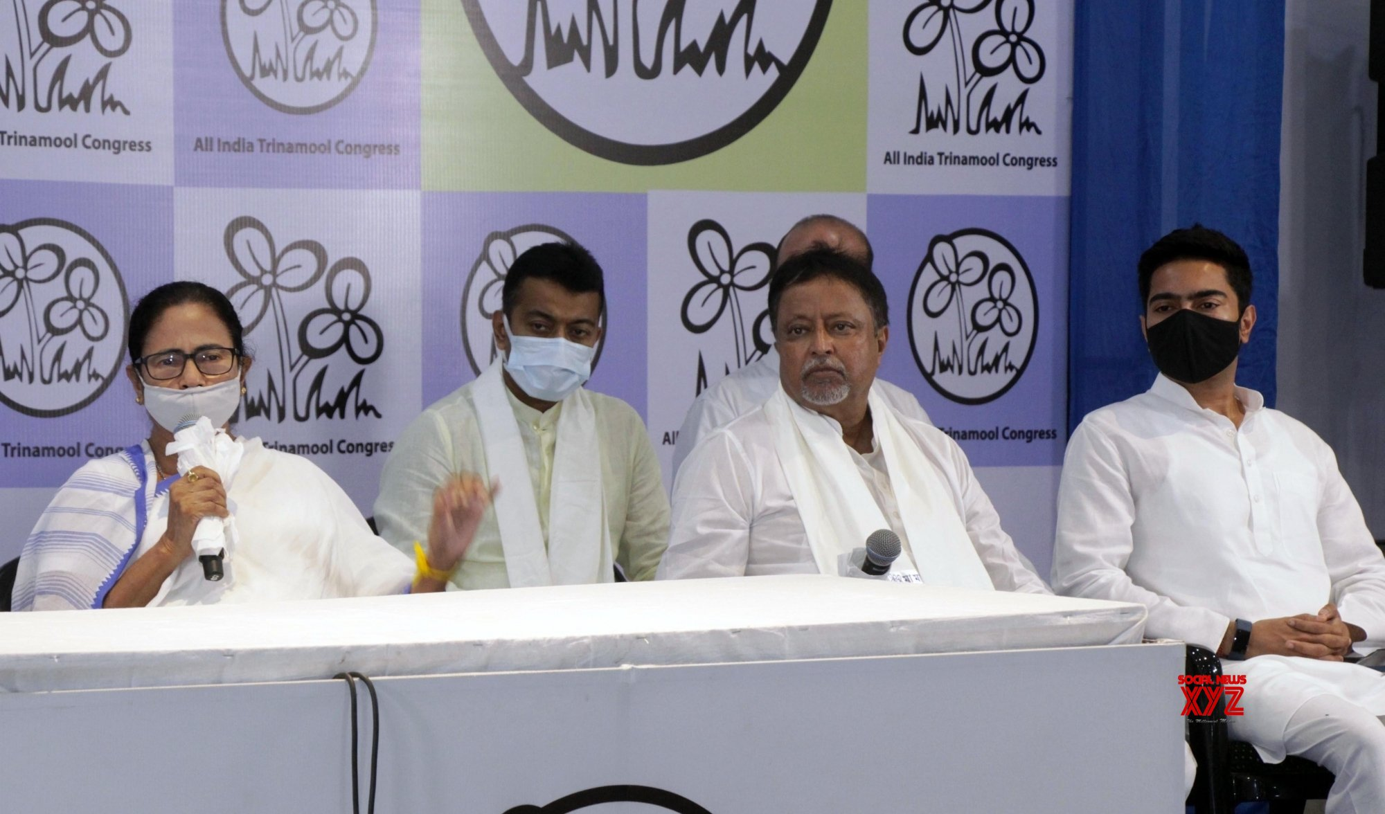 Kolkata: BJP leader Mukul Roy with his son rejoined TMC in presence of TMC Supremo and West Bengal Chief Minister Mamata Banerjee, party's National General Secretary Abhishek Banerjee and others at TMC Bhawan in Kolkata. #Gallery