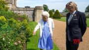 Queen Elizabeth marks late husband Prince Philip's 100th birthday (Video)