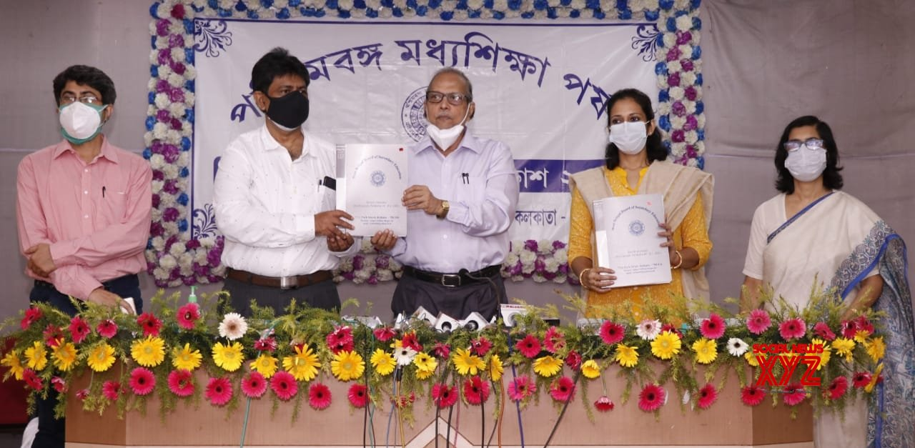 Calcutta: West Bengal Secondary Education Council (WBBSE) Chairman Kalyanmoy Ganguly at a press conference said the 10th result (Madhyomik) from West Bengal in Calcutta.  #Gallery