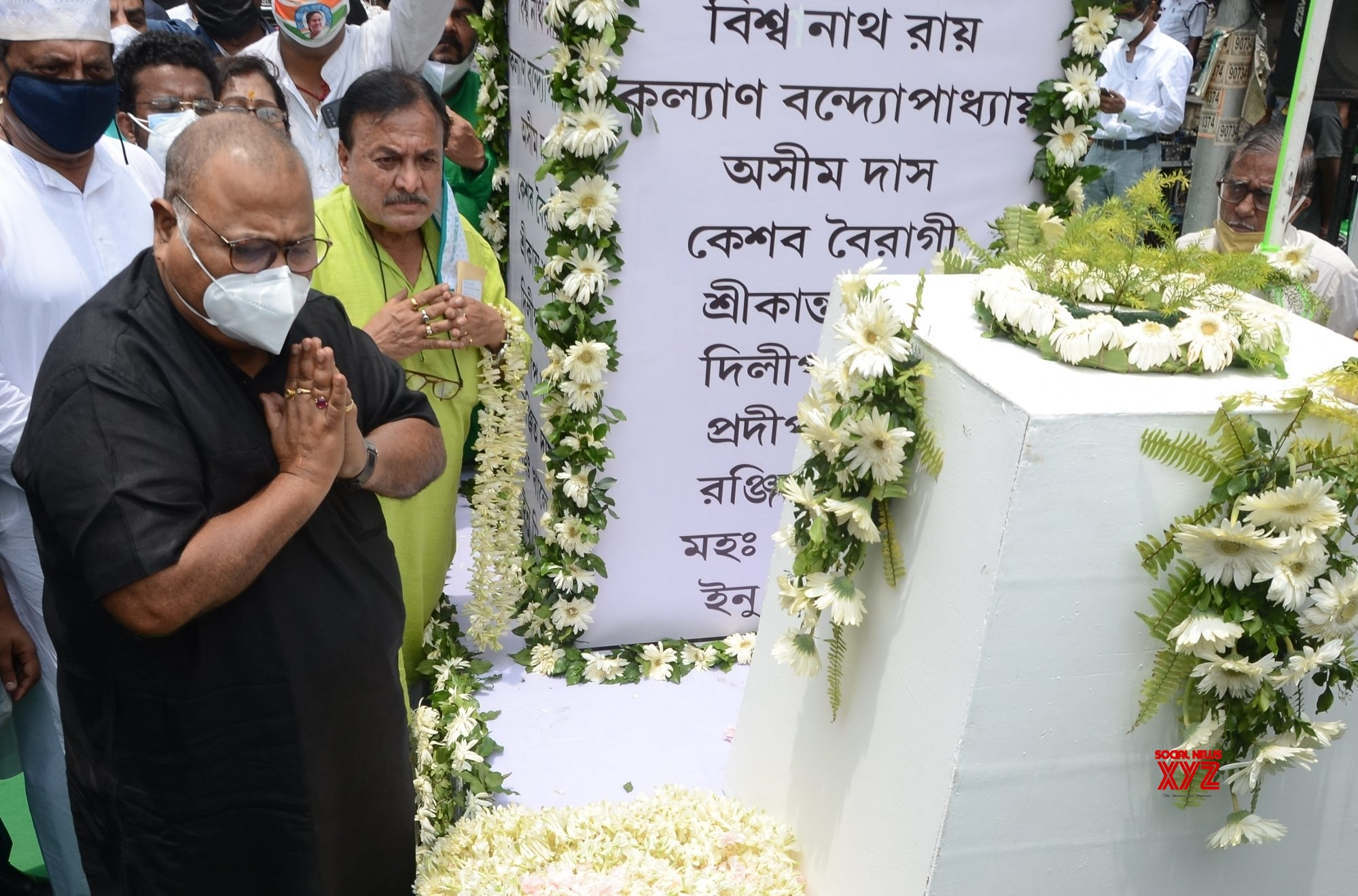 Kolkata: TMC leaders and West Bengal Ministers paying tributes on the occasion of Martyrs day on Wednesday, July 21, 2021, observed in memory of those killed on July 21 in 1993 #Gallery