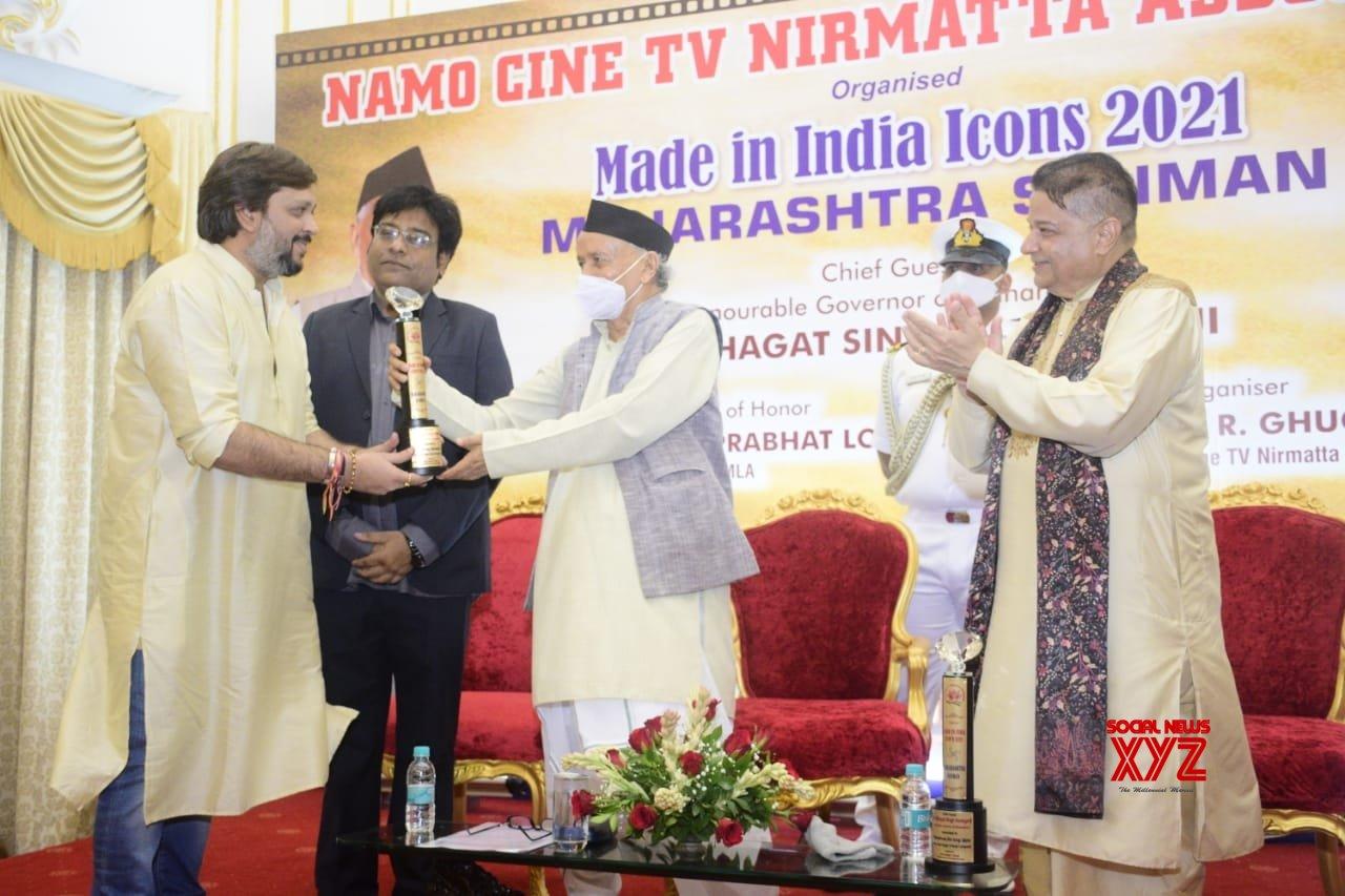 Planet Marathi founder Akshay Bardapurkar felicitated by Maharashtra Governor