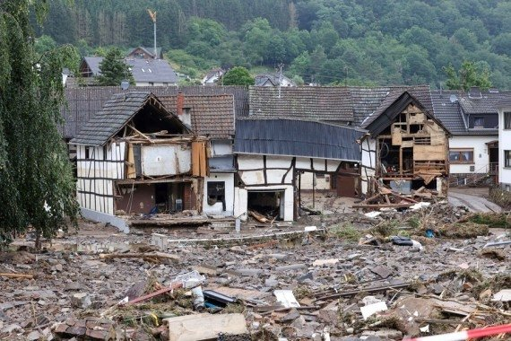 Germany to pay rapid emergency aid for flood victims