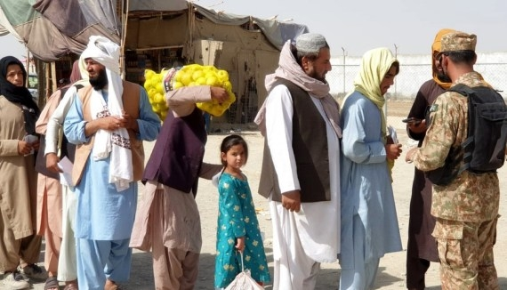 No wave of Afghan refugees so far in Pak: Military