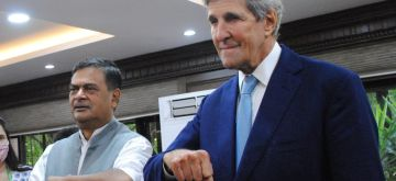 New Delhi: The Union Minister of Power, New and Renewable Energy, R.K. Singh meet John Kerry, US Special Presidential Envoy for Climate at Shram Shakti Bhawan, in New Delhi on Monday, September 13, 2021. (Photo: Qamar Sibtain/ IANS)