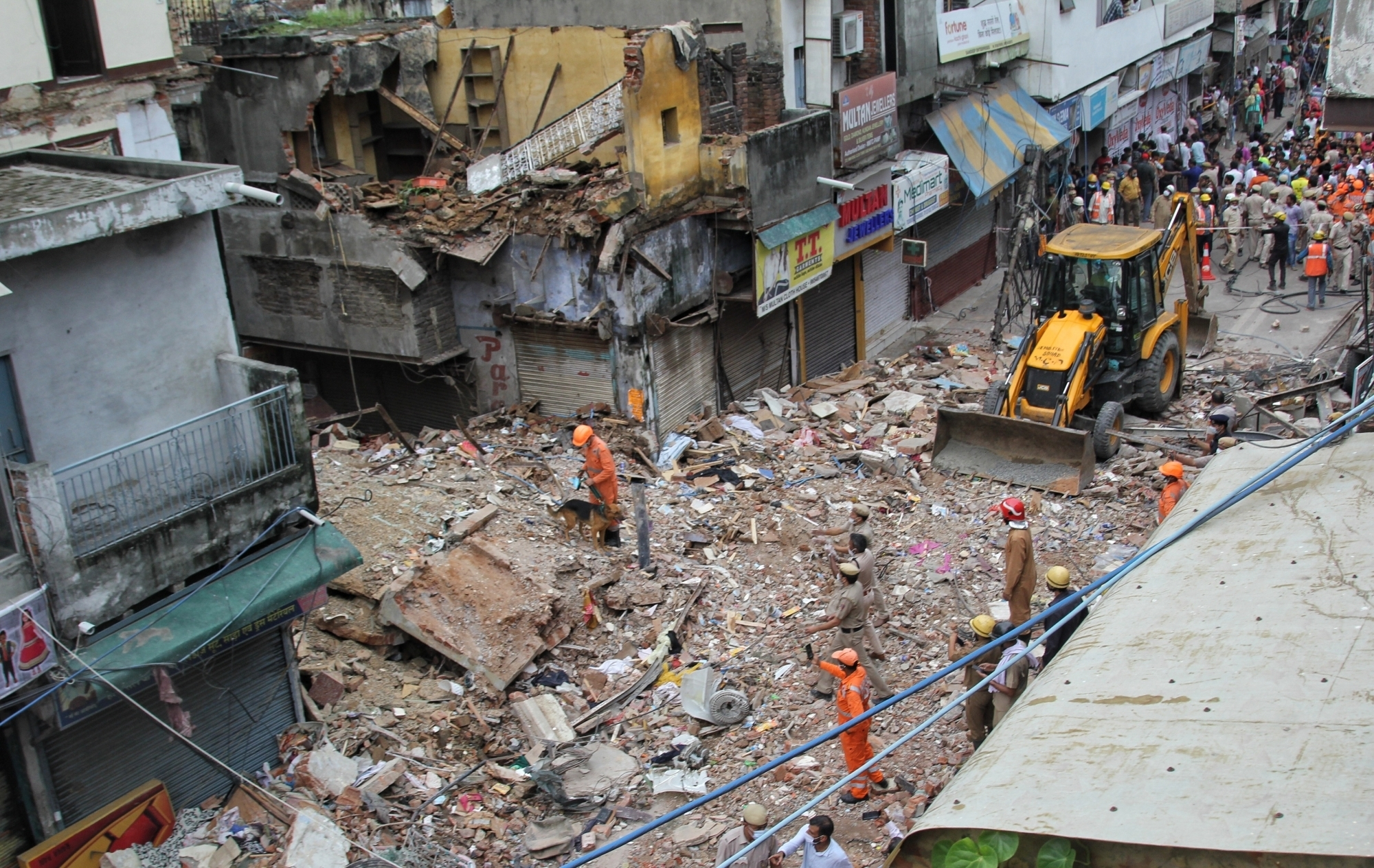 Delhi Building Collapse: AAP accuses BJP-controlled MCD of negligence