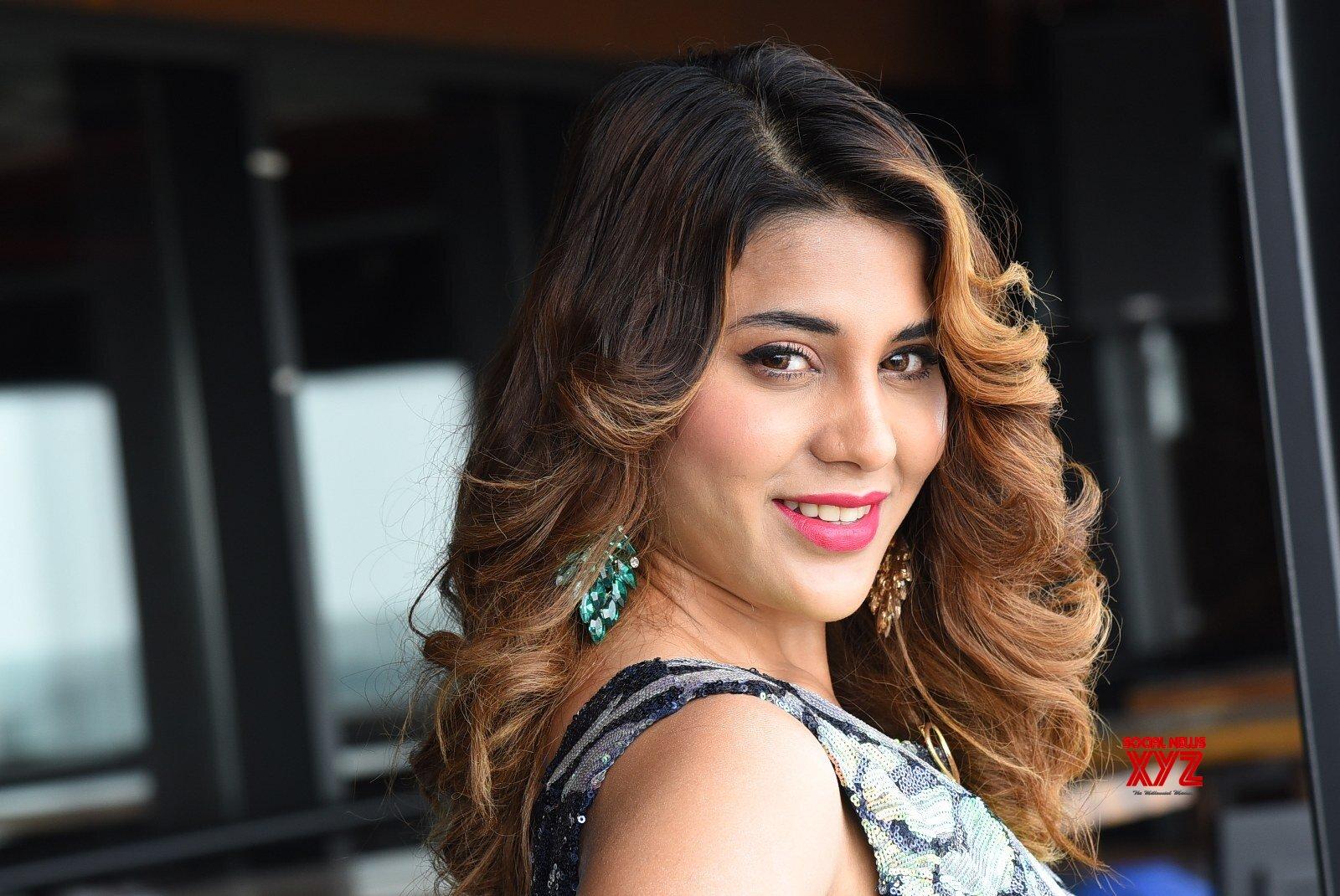 Bigg Boss 5 Fame Actress Hamida Thanks Meet - Gallery