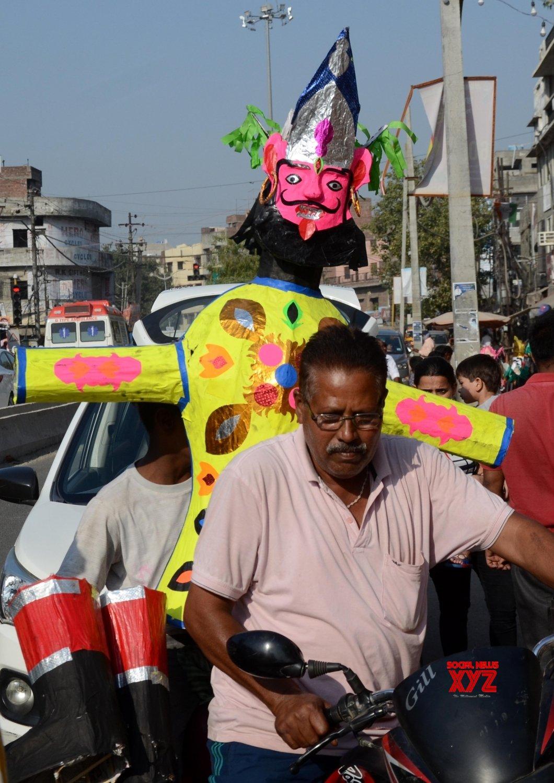 Amritsar:Artists prepare effigies of - king Ravana on the eve of the Hindu festival of Dussehra, #Gallery