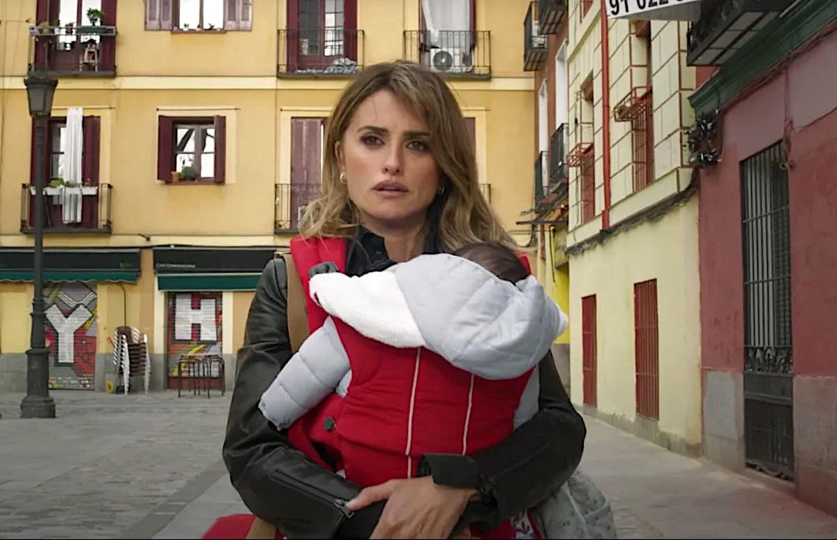 Madres paralelas: Pedro Almodóvar racconta il dolore di diventare madre