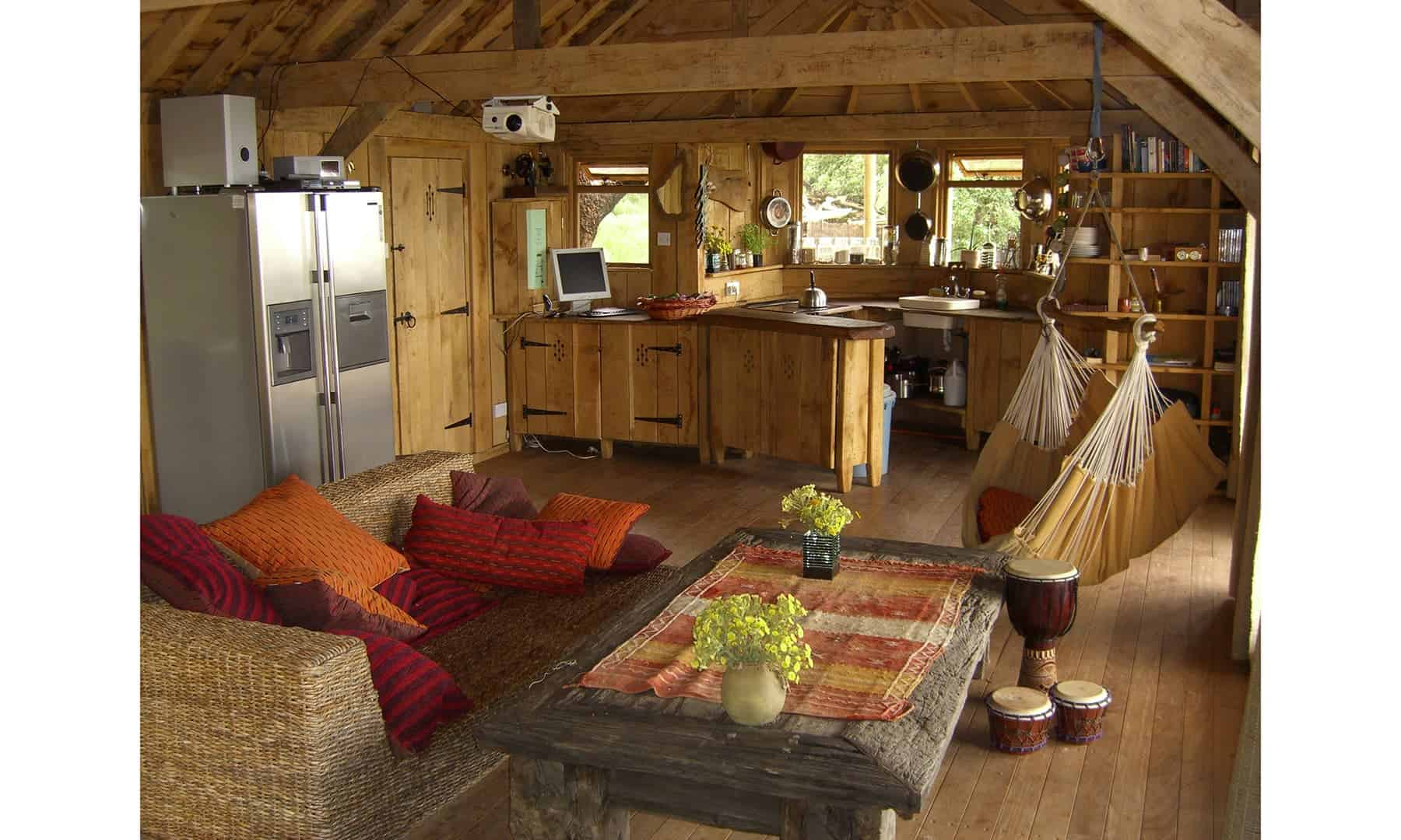 10 Of The Most Amazing Treehouses From Around The World on Modern:szae7Exnfpq= Amazing Houses  id=16078