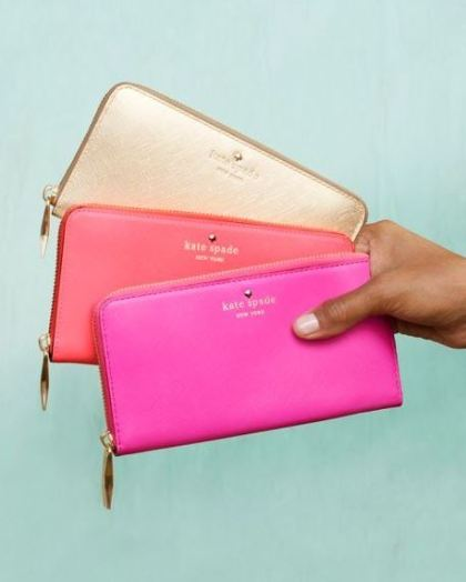 Wristlets are versatile bags that can be worn with anything!