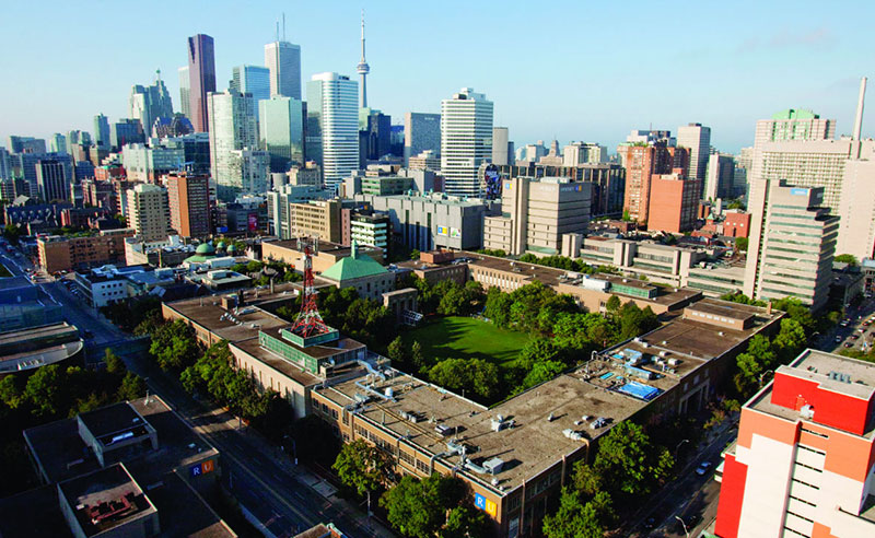 There are so many things I wish I knew before going to orientation at Ryerson University. Read these tips for a great orientation and freshman year!