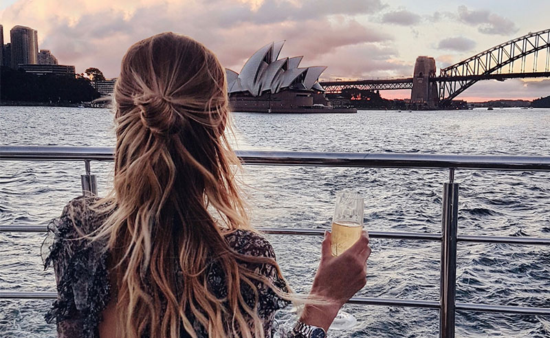 Finally a year to yourself! Where do you go from here, whiles your friends make the journey to uni? Keep reading for 10 tips for surviving your gap year.