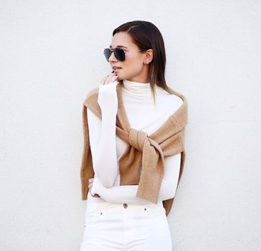 Are you in desperate need for fashion inspiration? Here are 10 Instagram accounts that will leave your feed packed with endless fashion inspiration.