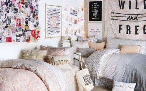 Trying to decide on how you want to decorate your dorm can be stressful. But these are a few uni room decoration ideas to help inspire you!