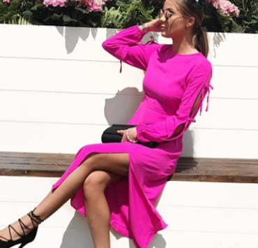 New Look has so many cute styles and looks for this season from gingham to floral. Here are some New Look dresses that you need to have this summer!
