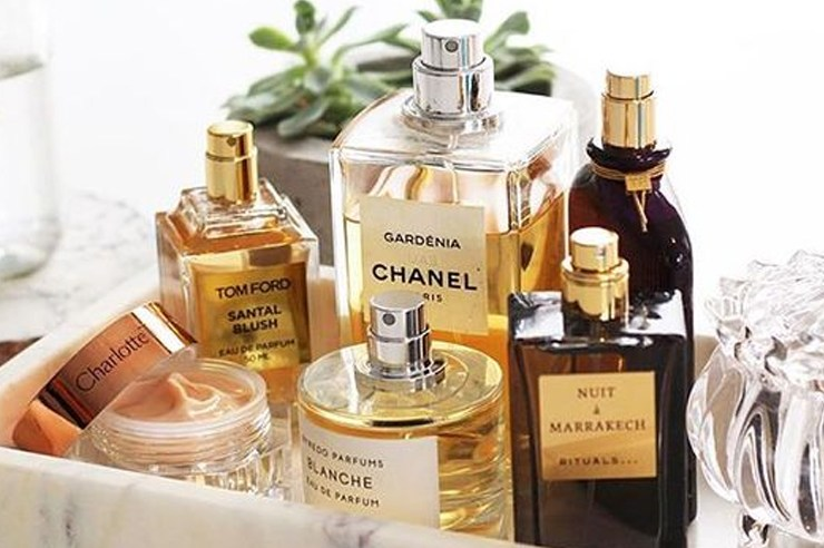 If you're looking for the best summer fragrances to wear during the warmer months, then these perfumes for women are fitting for that! These popular scents are perfect for all ladies both young and old, and will make you smell amazing!